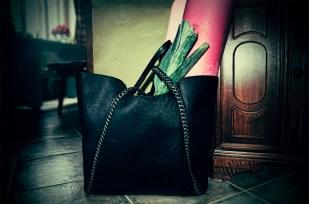 Malý příběh velké kabelky o pěti dějstvích