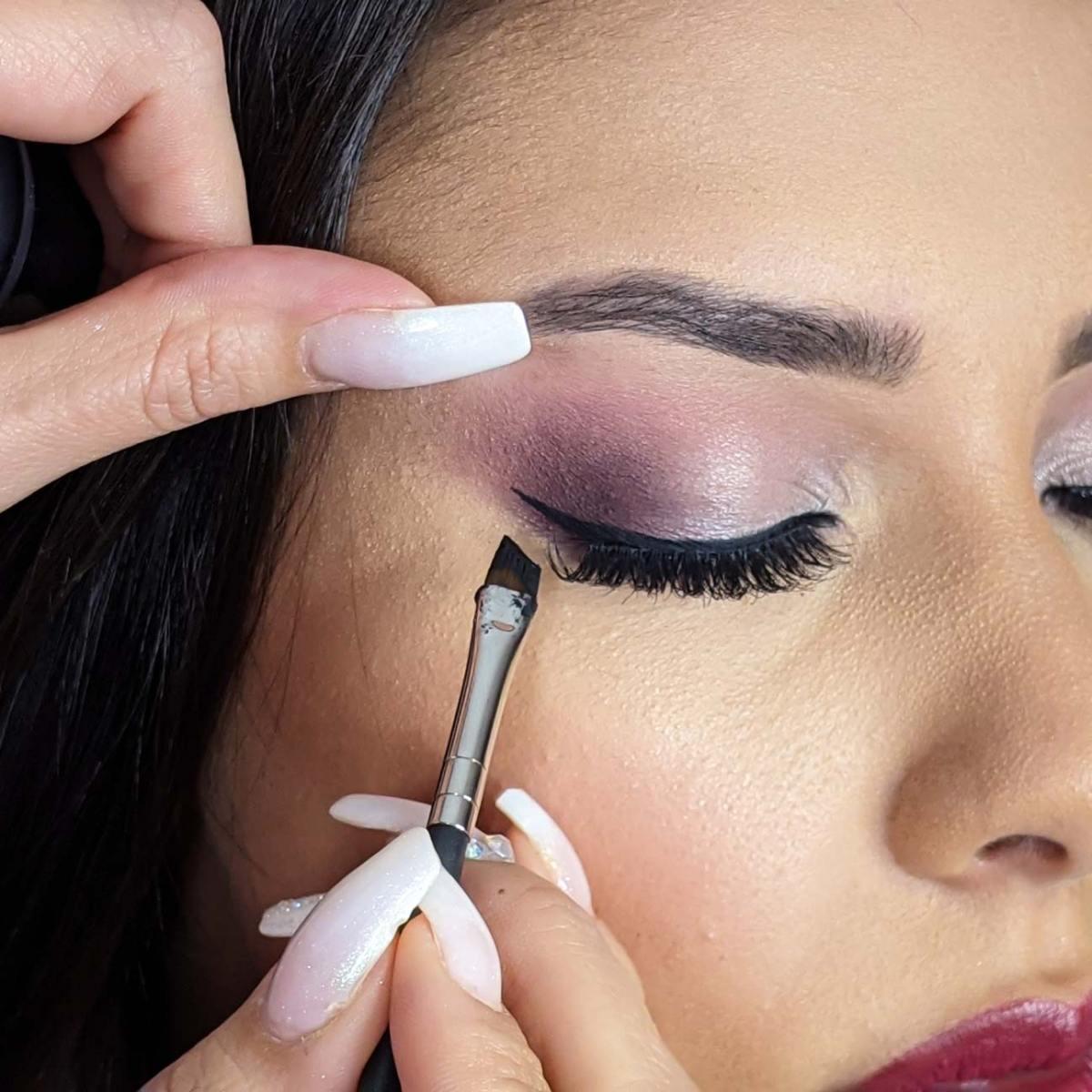 Eyeliner ,eye lashes, mascara & lips online course #3