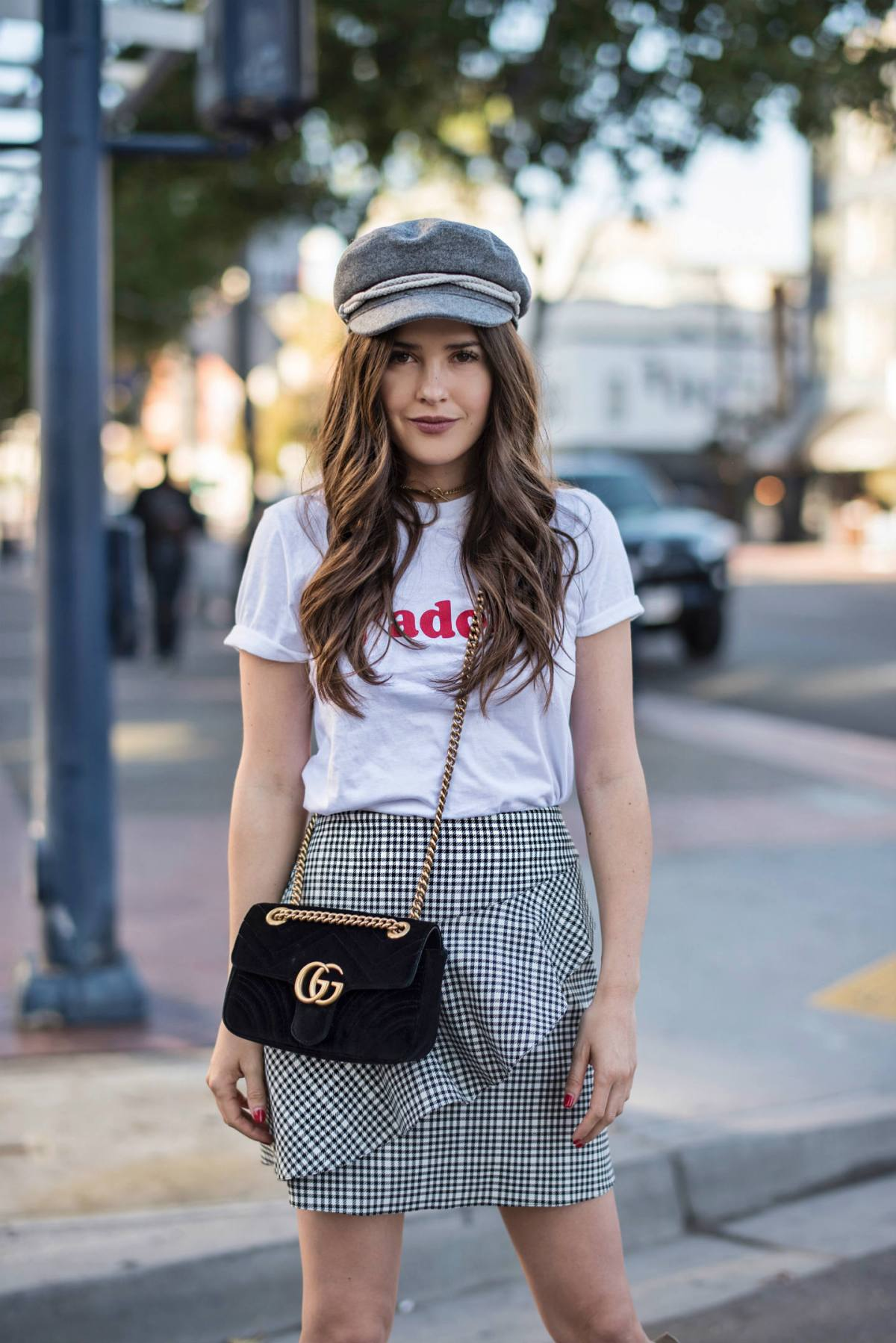 Girl wearing Parisian style outfit.