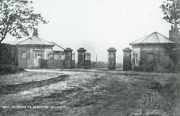 1903 Blantyre works Village entrance