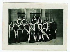 1918 St John's. My gran bottom left