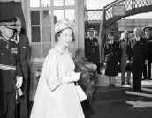 1962 Queen at Blantyre Train Station