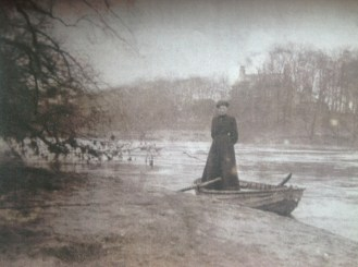 c1900 Jessie Hunter Brown at Boatland
