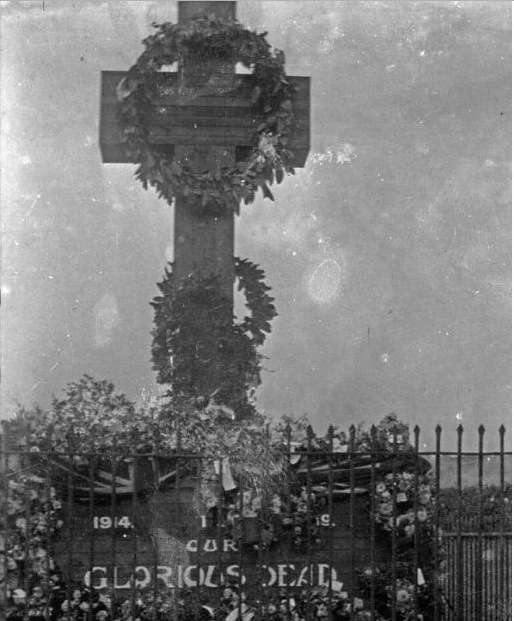 1919 War memorial Cemetery