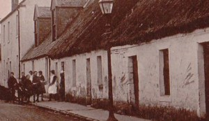 1915 hunthill road2