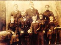 1900 William Bowie to left