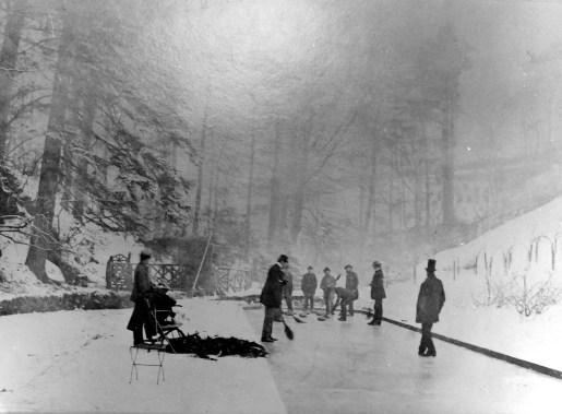 1890s Auchinraith Curling team shared by Gordon Cook
