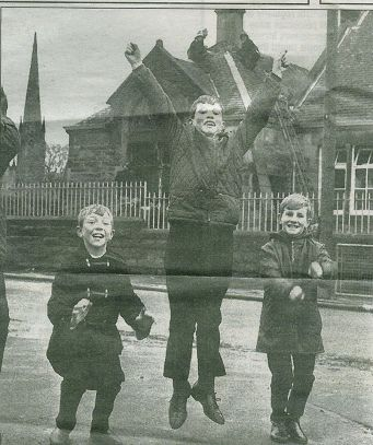 1967 17th Nov .HIgh Blantyre Primary Fire, Hunthill Road