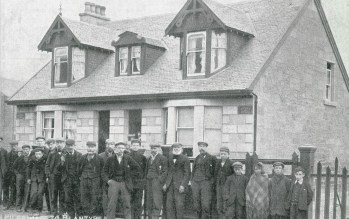 1904 Raploch Cottage, home of William Rae