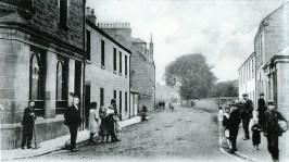 1905 Broompark Road at Blakelys pub from Main St