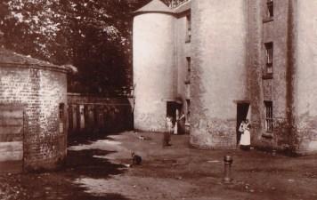 1906 Shuttle Row (PV)