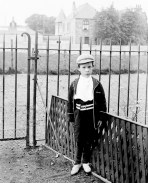 1908 Robert Ritchie at Broompark Ave. Photo by D Ritchie, shared by A Bowie