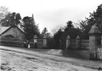1905 Greenhall Lodge . Photo by David Ritchie