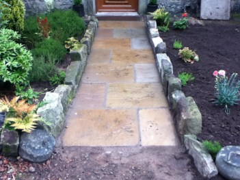 2012 May Croftfoot Gardens, New path High Blantyre (PV)