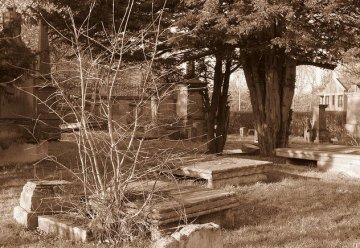 2012 Kirkyard Cemetery, High Blantyre (PV)