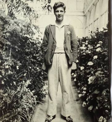 1950s Alex Gardner of Auchinraith Road, aged 17