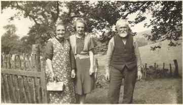 1930 Andrew, Young Mima and Marion Sommerville