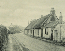 1903 Barnhill weavers cottages on Bardykes Road. Reliable postcard (PV)