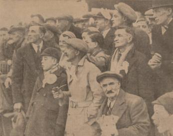1933 Hogmanay Blantyre Vics Crowd