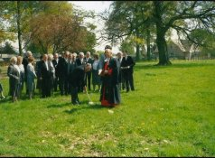 1989 Rev Peter O Price cuts turf for new hall, High Blantyre.
