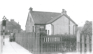 1938 Broompark road looking to Danskins and Larkfield Bar on far left