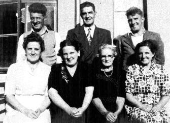 1960s Jim Browns Family with Jock Murdoch of High Blantyre