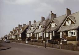 1962 Birdsfield Drive, Timber Houses