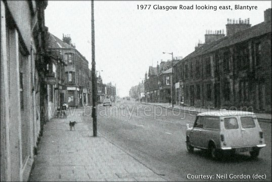 1977 Glasgow Road looking east wm
