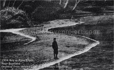 1904 Boy at the River Clyde