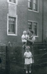 1938 Slater Family at Priory Street