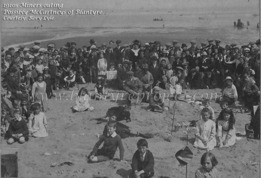 1920s-mccarneys-of-blantyre-miners-outing-by-rory-lyle-wm