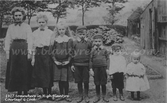 1917 High Blantyre family wm.jpg