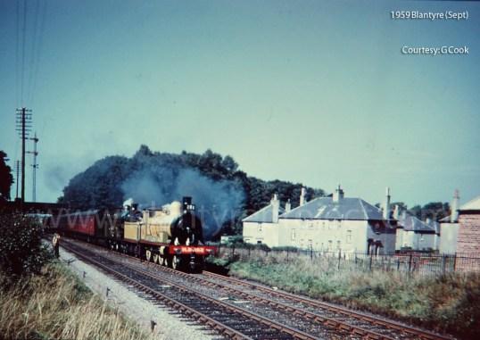 1959 Train near Knightswood Terrace wm