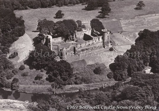 1969 Bothwell Castle wm