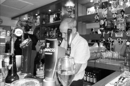 2016 Davy at Stonefield Tavern barman