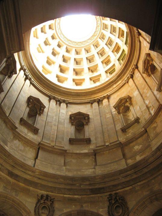 1024px-Hamilton_Mausoleum_Interior