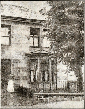 1917 Mrs Crothers at Rosebank Avenue