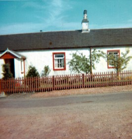 1969 Calderside Cottage (part of Rows)