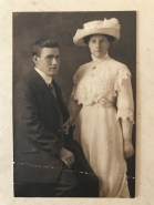 1913 Walter Loudon & Maggie Leitch of Auchentibber married in Canada