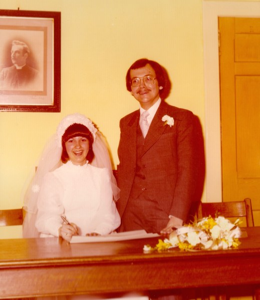1976 Elizabeth & Henry Hambley