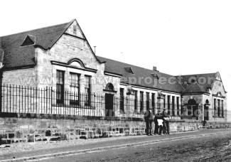1905 or up to 1910 Auchinraith School
