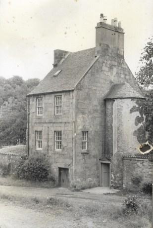 1977 Wages Building, Blantyre Village
