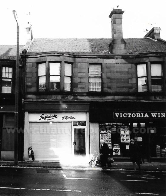 1977 lightbodies Glasgow Rd wm