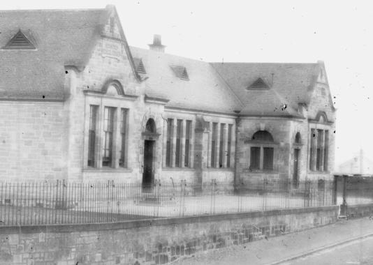 1905 Auchinraith School