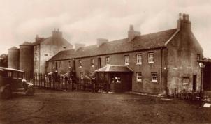 1930s Livingstone Centre (PV)
