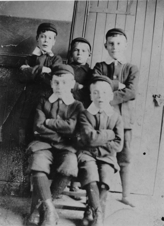 1908 HB school boys 1908
