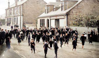 Possible 1916. Main Street parade