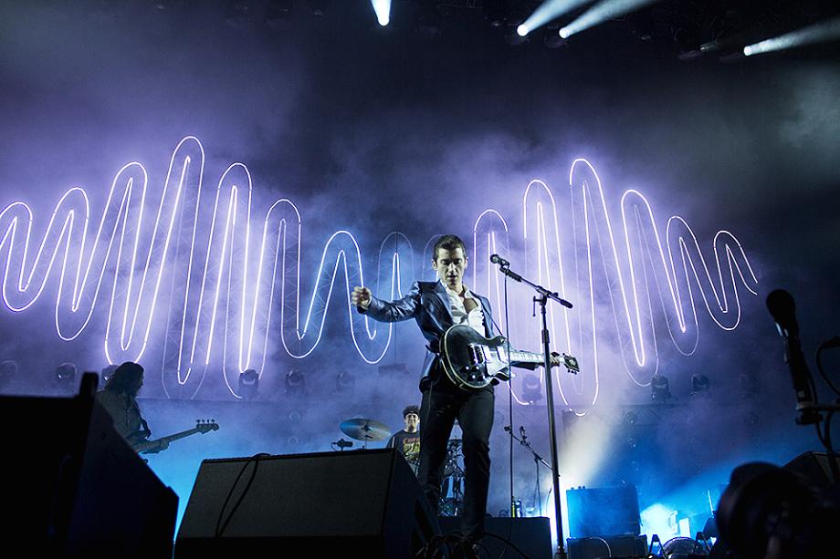 Arctic Monkeys-11