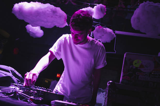 Ryan Hemsworth-3