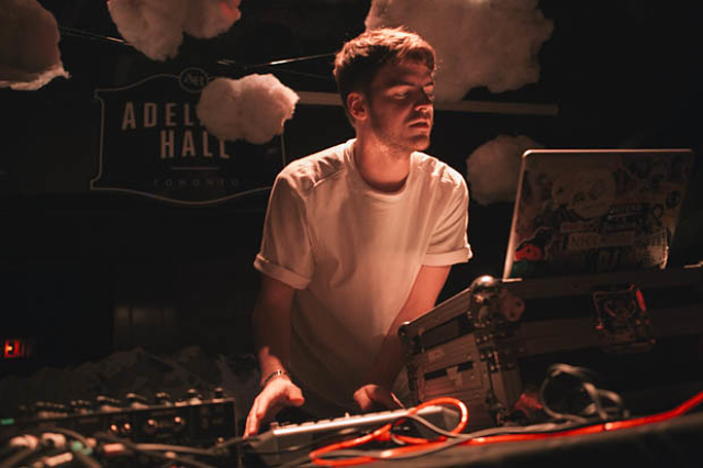 Ryan Hemsworth-4
